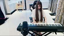 钢琴才女小音,人美歌甜还会弹钢琴