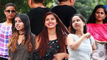 中国小伙在印度叫年轻姑娘阿姨,感受一下来自异域的愤怒!