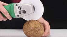 A4纸比刀锋利?一张白纸能轻松切开椰子,你还能切啥!