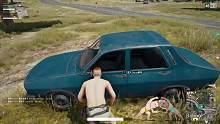 裸体求生:4人每人一辆车撞人抢物资!开局搜房子已经过时!
