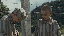 军官儿子主动穿上囚服,只为溜进集中营玩,故事最后却让人难过