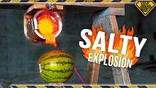 把100度的热浆盐倒进去西瓜里面会发生什么?