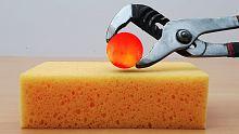 把1000度的火球放在海绵上,会爆炸吗?