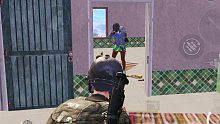 入江闪闪:刺激战场-睿智妹子把枪斗术应用到实战当中,被教练抓住一顿死锤,下次还敢不敢了