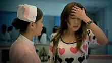 女护士走到医院前台,发现这里人满为患,可同事却说这里只有你
